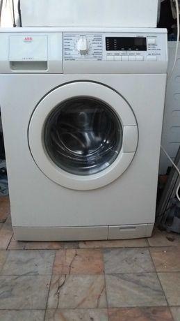 maquina de roupa AEG 7 quilos 1200 rpm.