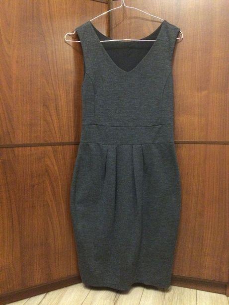 Sukienka krótka bez rękawów