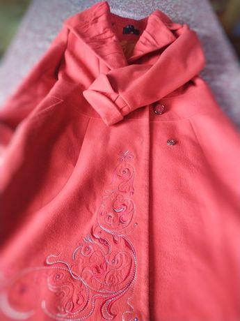Пальто жіноче , весняне і осіннє, плащ, верхній одяг
