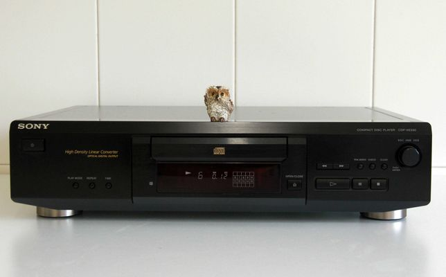 Sony CDP-XE330 Compact Disc Player