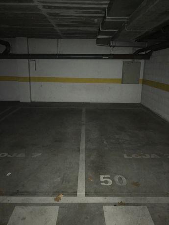 Garagem em predio calmo