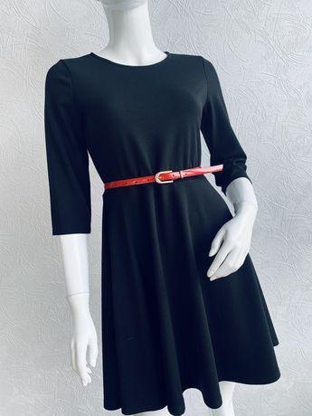 Черное платье солнцеклеш мид по спине молния р S,M