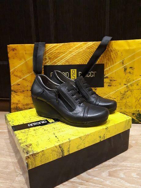 Натуральные кожаные полусапожки, ботинки, туфли 36-го размера/Antonio