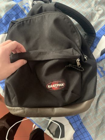Портфель, сумка, рюкзак Eastpak