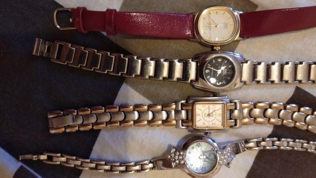 Продам часы женские 4 шт