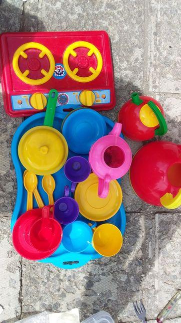 Дитячий іграшковий посуд