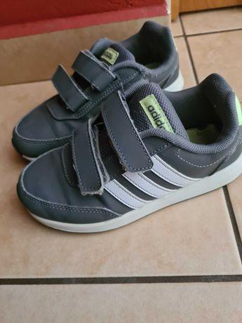 Buty dla chłopca roz.30 Adidas