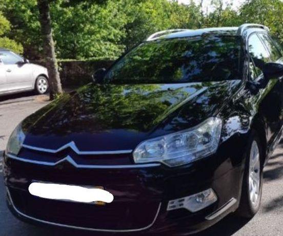 Carro Citroën em ótimo estado