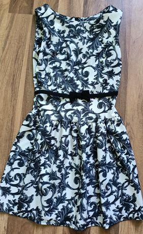 Sprzedam suknie rozmiar S cena 30 zł przywieziona z Włoch