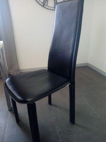 4 cadeiras em napa
