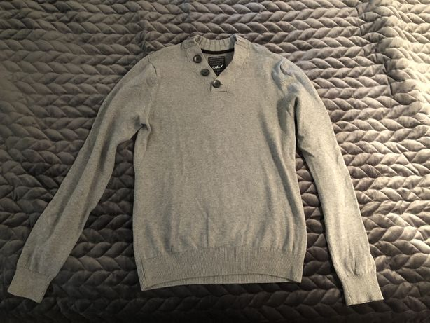 Szary sweter S