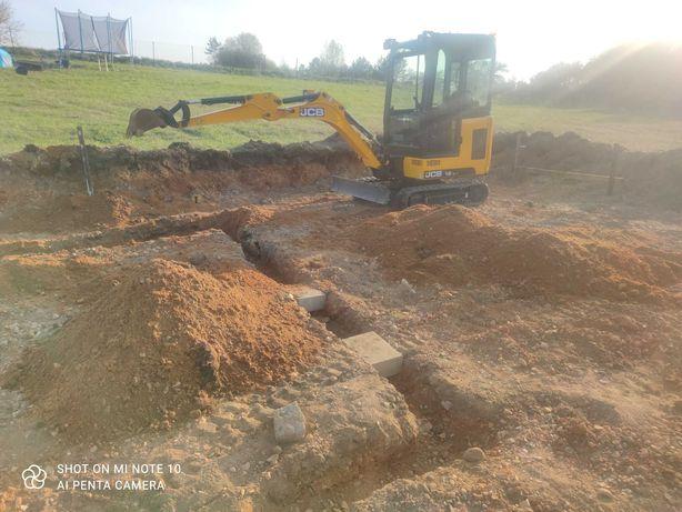 Prace ziemne przygotowanie terenu pod budowę kanalizacja wykopy
