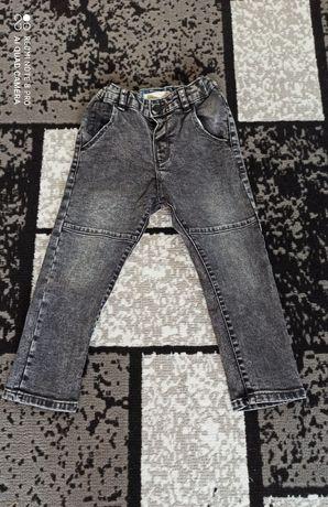 Nowe Spodnie Zara rozmiar 104