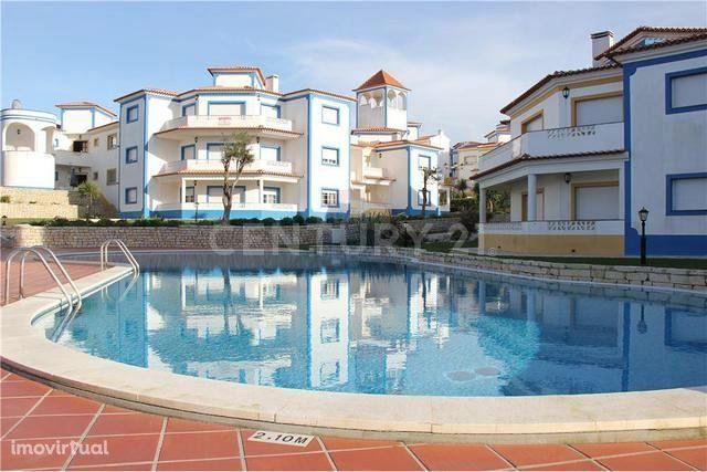 T2 + 1 com garagem e piscina comum - Resort da Praia D`EL Rey