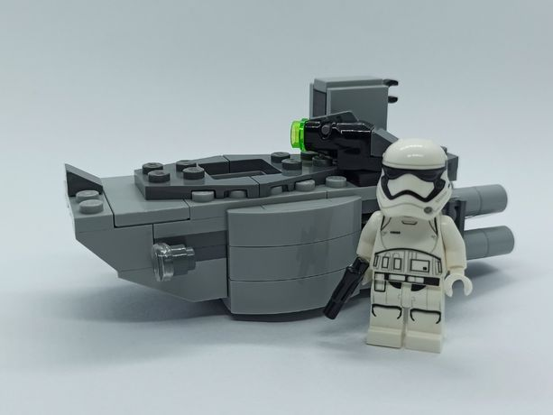LEGO Star Wars First Order Transporter microfighter