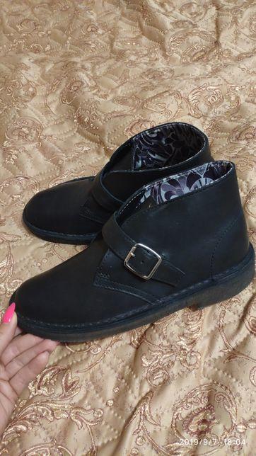 Новые Clarks ботинки
