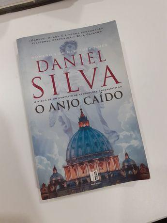 O Anjo Caído- Daniel Silva (Livro de bolso)