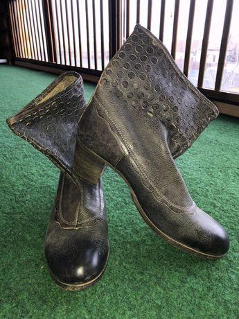 Фирменные,кожаные сапоги,ботинки 42 р-р