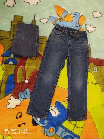 Стильные модные джинсы на мальчика 7 лет. Цена за две пары.