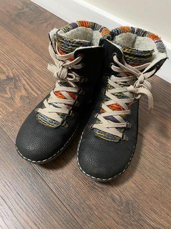 Продам ботинки Rieker демисизонные на девочку б/у