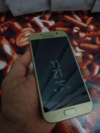 Samsung A5 2017 gold A520