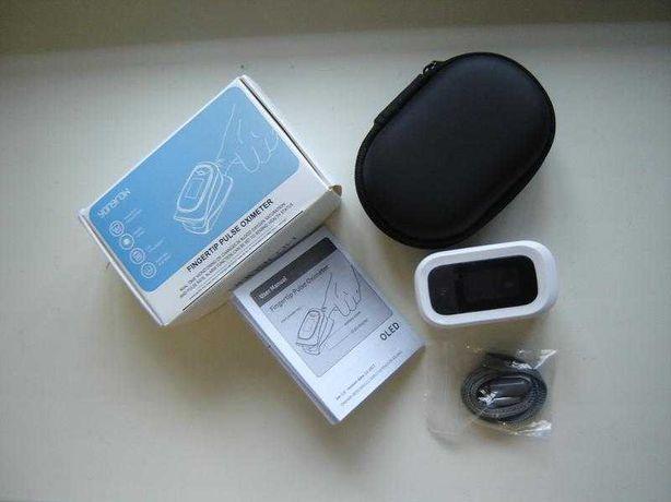 Пульсоксиметр пальцевой для измерения кислорода в крови YONGROW YK-82С