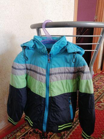 Куртка весеняя, осенняя, демисезонная. Весняна курточка, демісезонна.