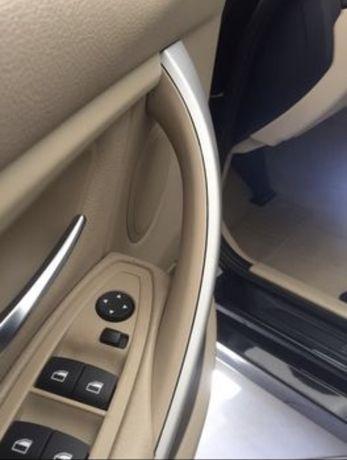 Автомобильная  внутренняя дверная ручка правая bmw f30 ! Бежевая !