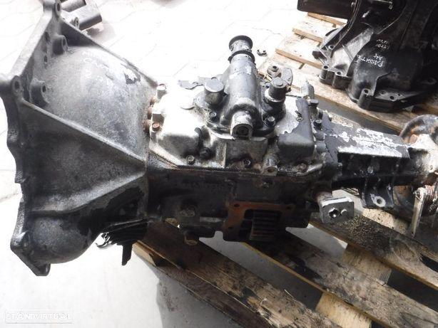 Caixa de Velocidades Mitsubishi Canter FE 110  2.7D 4DR50A