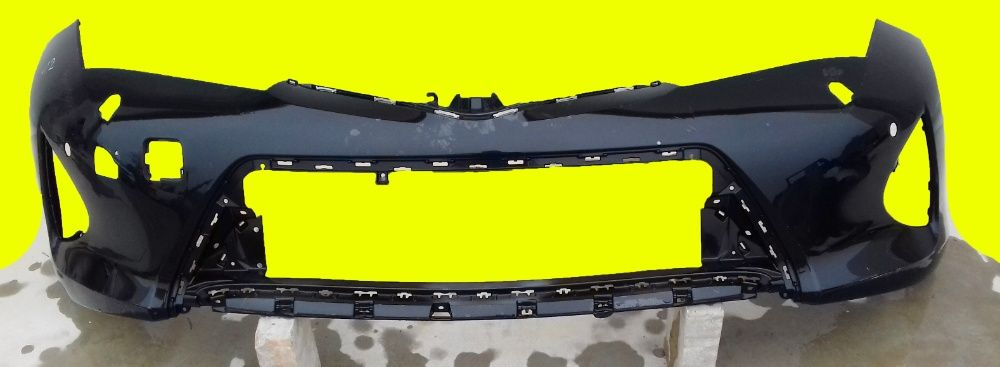 Zderzak przedni przód TOYOTA AURIS II Kosów Lacki - image 1