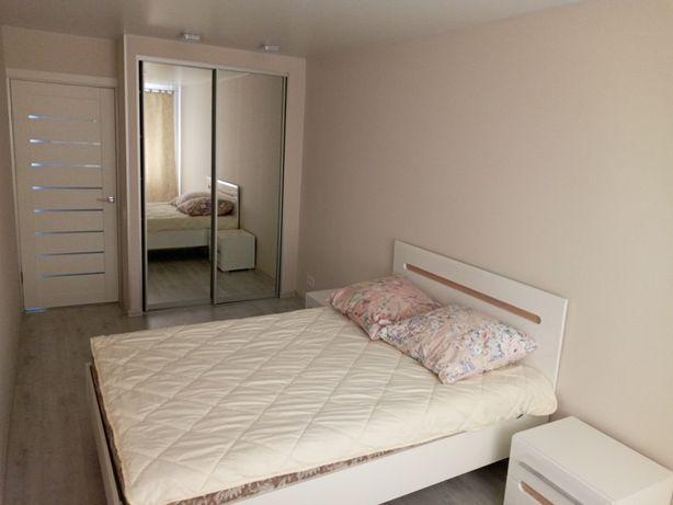 2 комнатная квартира с новим ремонтом в самом Центре Небесної Сотні 3