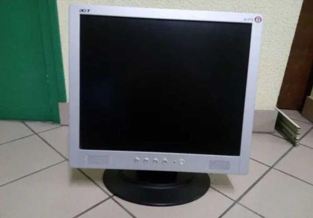 """Monitor Acer 17"""" sem riscos, 100% funcional"""
