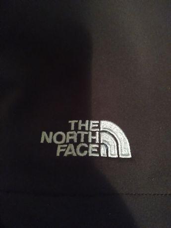 Продам парку (не пуховик )The north face)