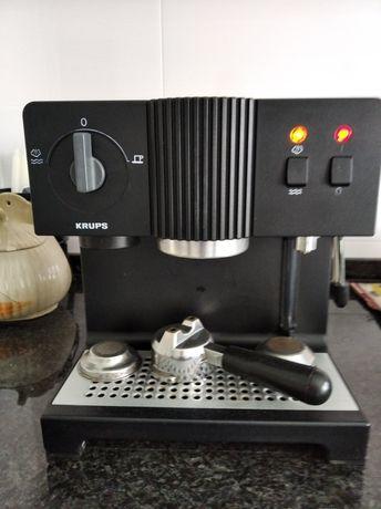Máquina de café expresso séc XX