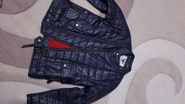 Куртка на мальчика 6,7 лет