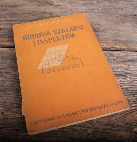 budowa szklarni i inspektów chroboczek
