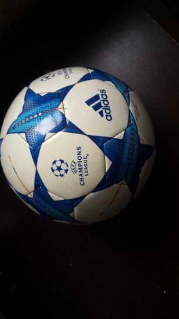 Pilka Adidas Champions League