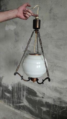 Лампа. Висела на кухне