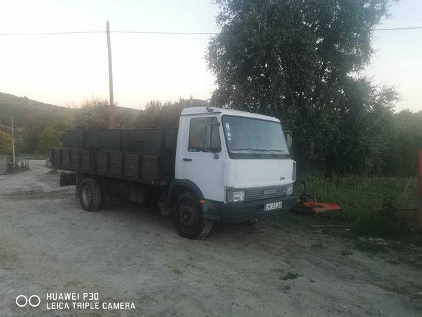 Camião Iveco Zeta