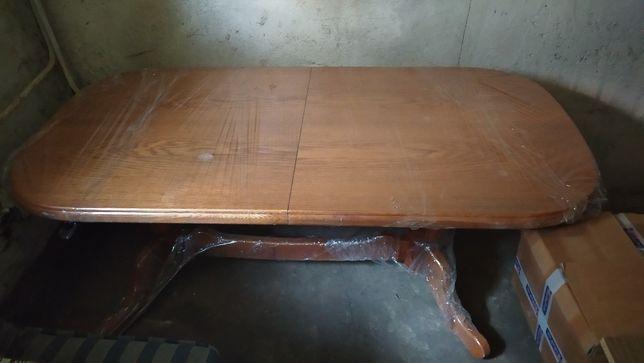 Stół dębowy (na 10 osób)