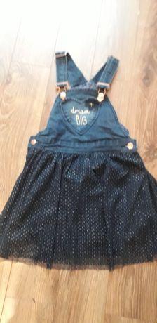 Sukienka firmy  Smyk