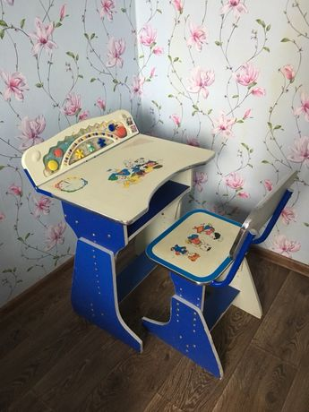 Стол(парта) и стул детский