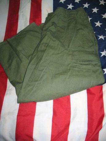 Orginalne spodnie polowe US Army typ TCU Medium Regular (Short)