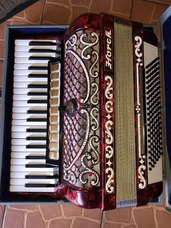 Akordeon HORCH 120 basow