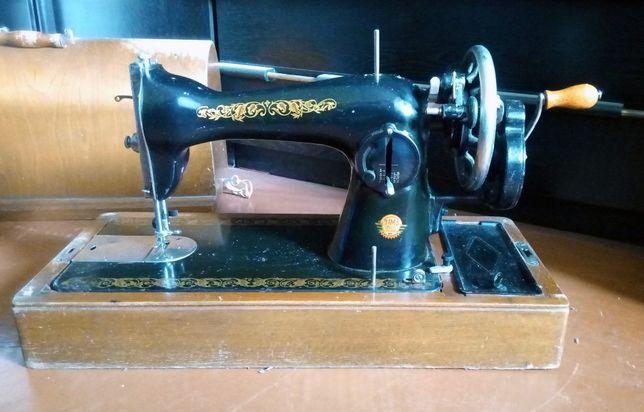 Швейная машина класса 1-М, г. Подольск 1957 год