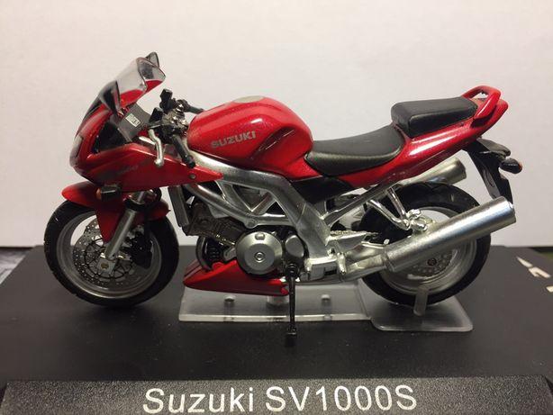 Miniatura Suzuki SV1000 S 1:24