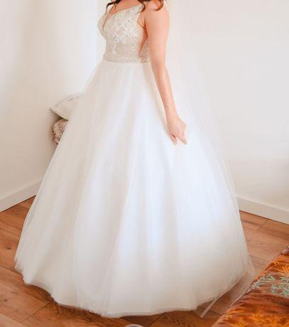 suknia ślubna model 2020