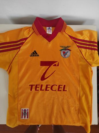 T-shirt oficial do Benfica (old school)