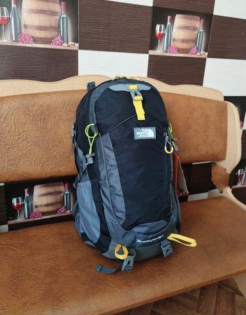Рюкзак The North Face 40 l спортивный городской ручная кладь в самолет
