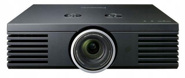"""Projektor PANASONIC PT-AE3000, ekran projekcyjny 72"""""""